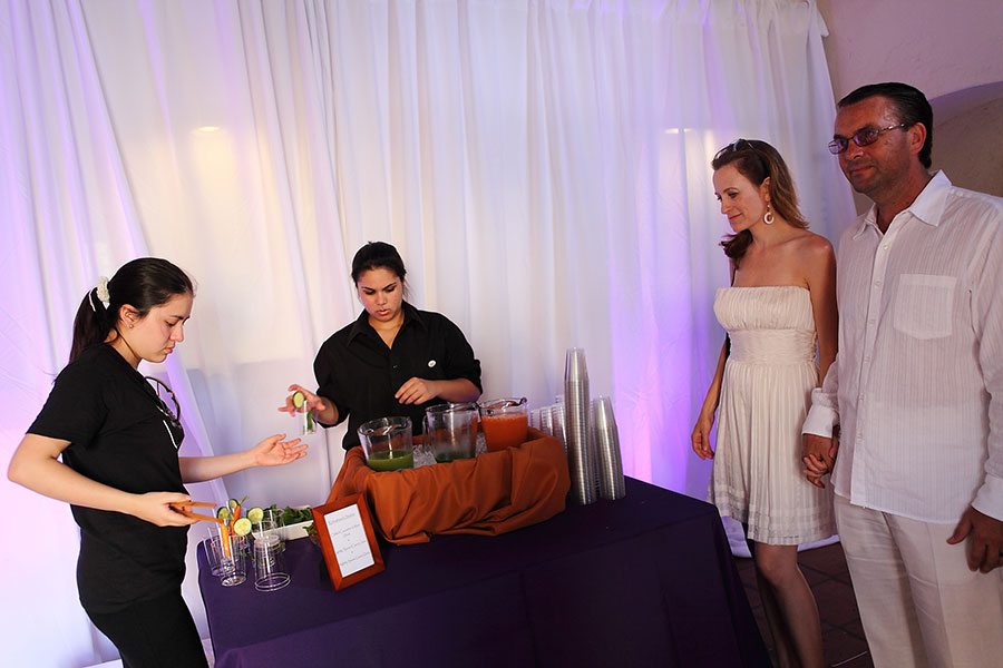 non-alcoholic welcome drinks | coral gables wedding