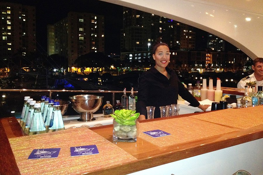 yacht catering | bartender