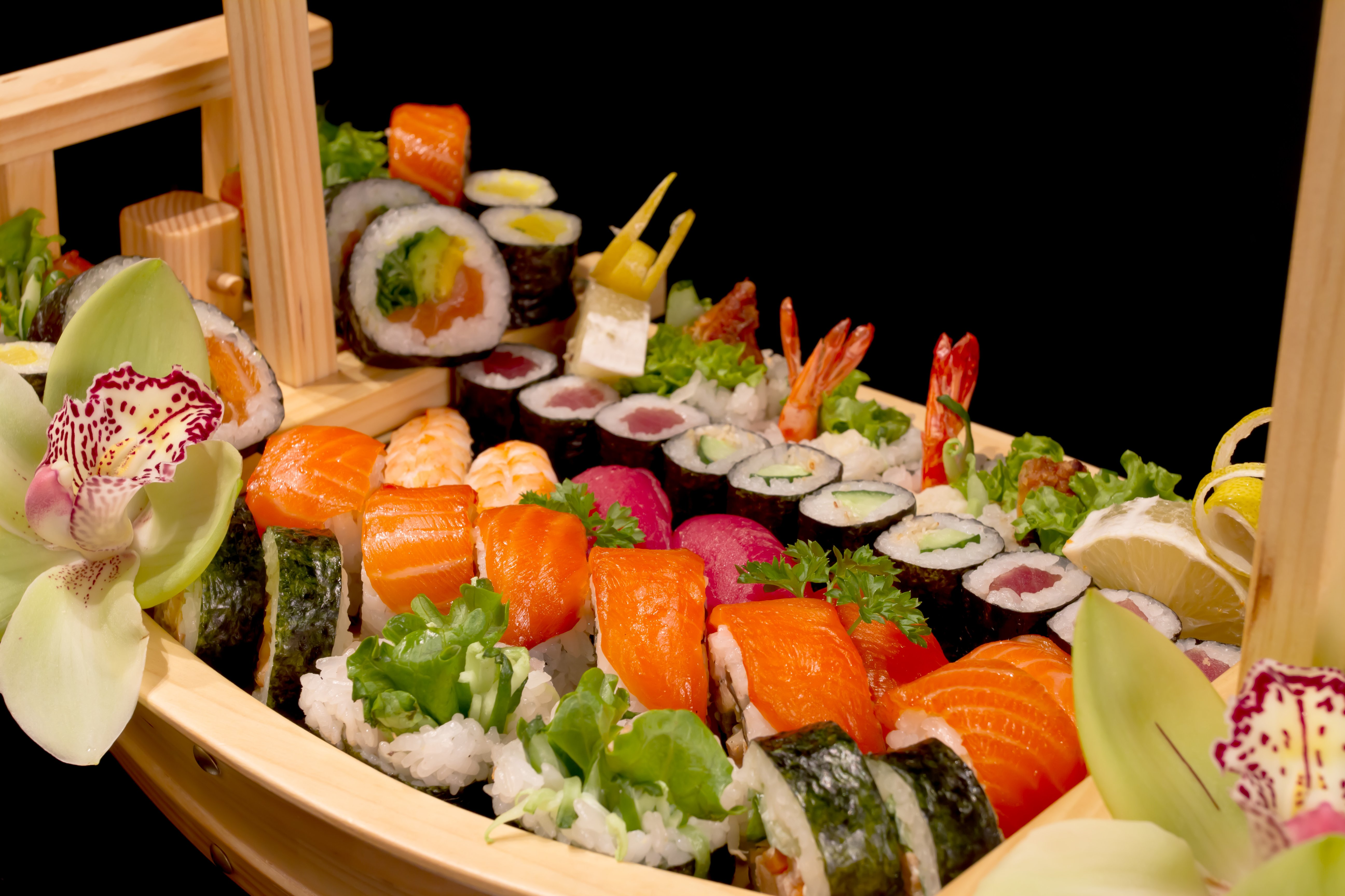 Yacht catering | sushi