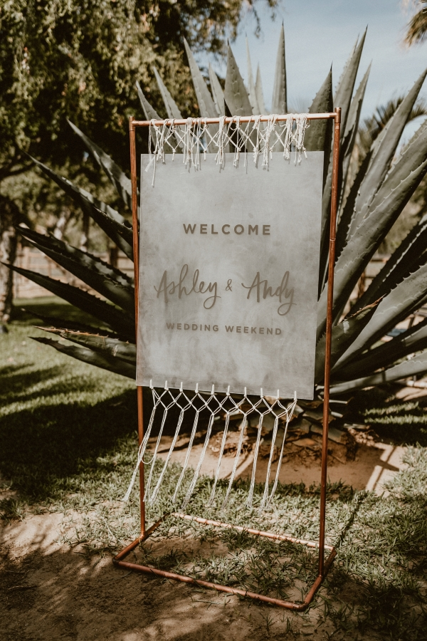 Style Me Pretty wedding inspiration | Boho chic