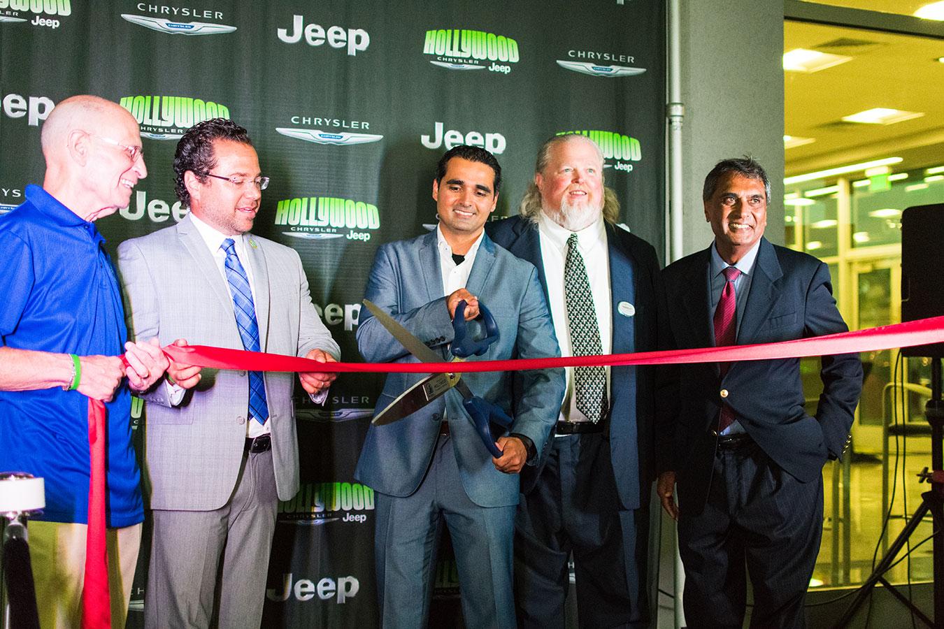 jeep cars bmw chrysler for hollywood series vin fl in dealer sale