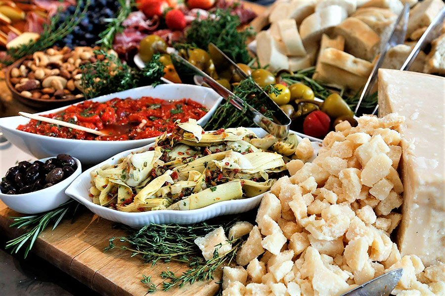 Wedding food stations | Italian antipasti