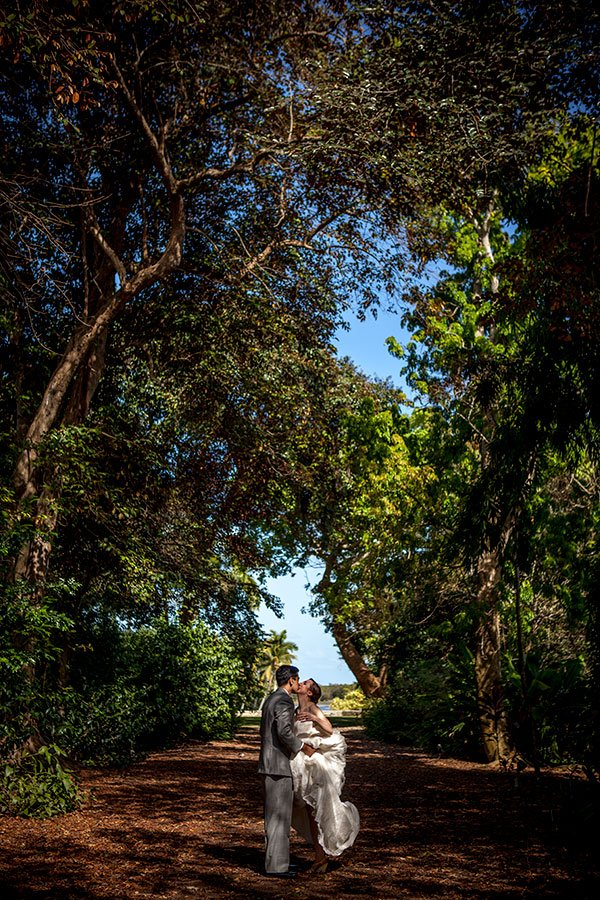 Fairchild Tropical Botanic Garden wedding couple
