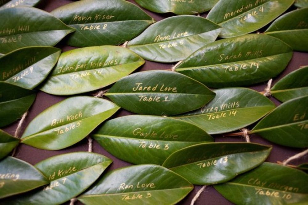 Eco friendly wedding ideas | leaf escort cards