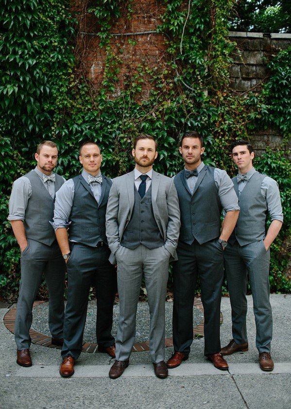 Non traditional wedding style | groomsmen attire