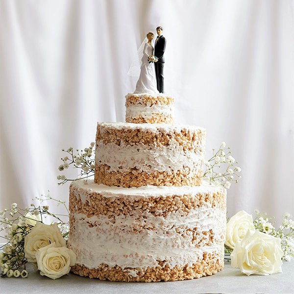 Wedding trends 2019 | alternative wedding cakes | Rice Krispie treat cake