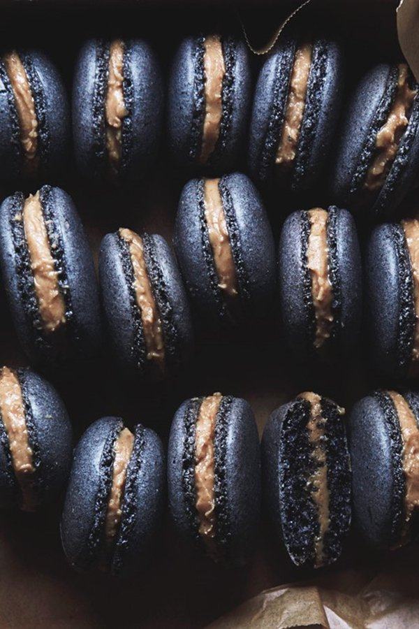halloween themed catering | black sesame macarons