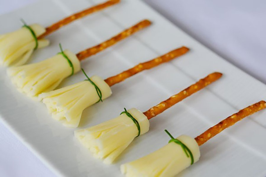 halloween food ideas | string cheese witches brooms