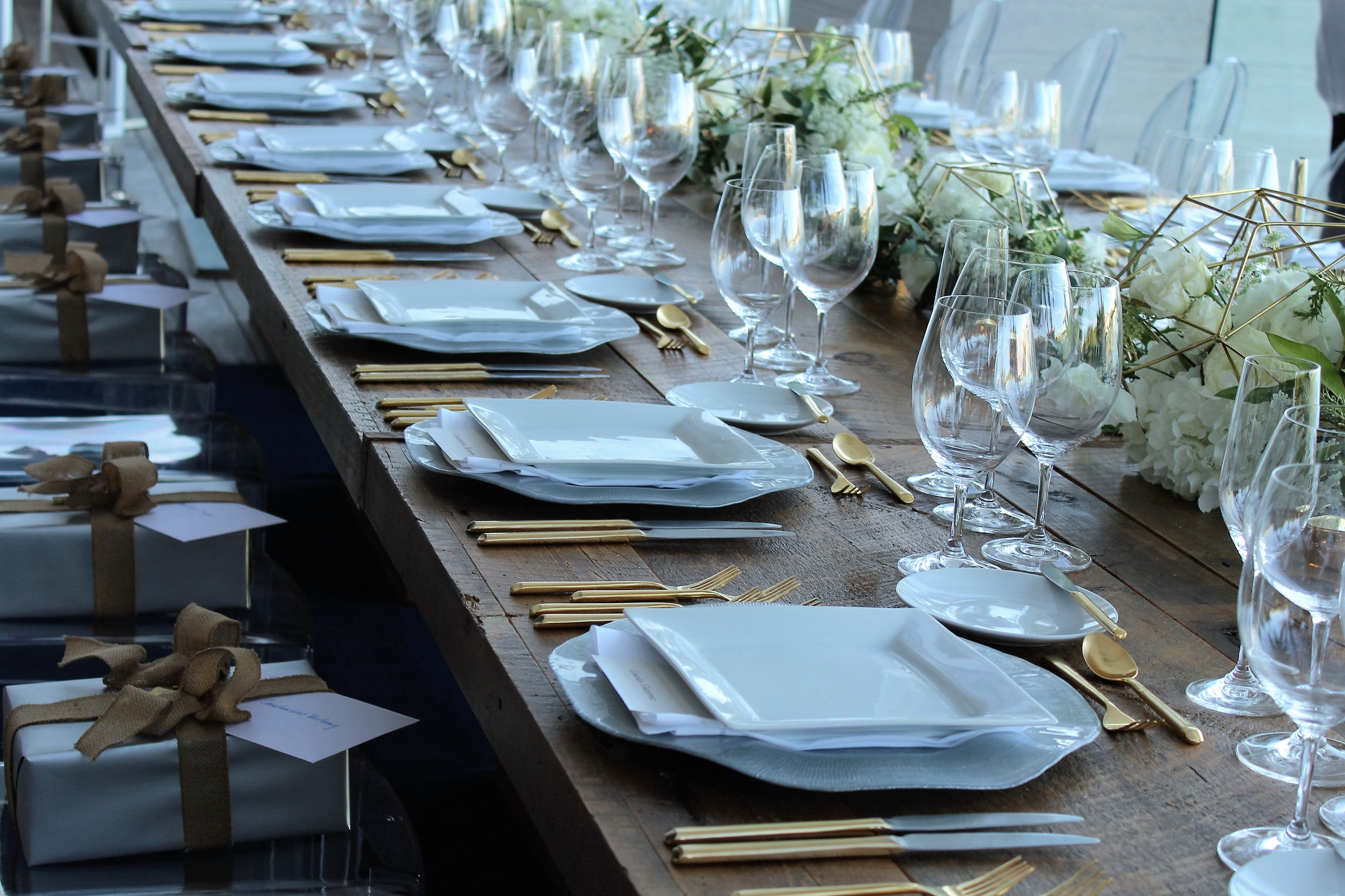 corporate event rentals | floral and table decor