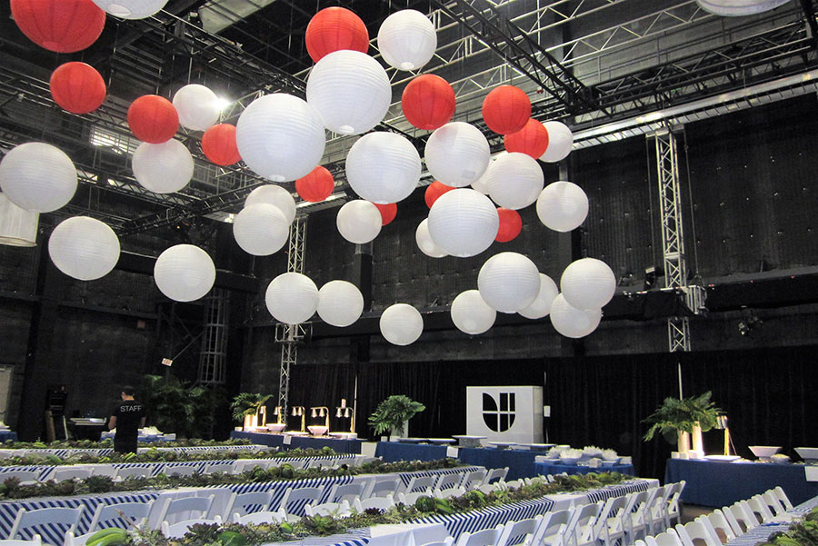 univision logo   Eggwhites Catering buffet lunch   event catering services