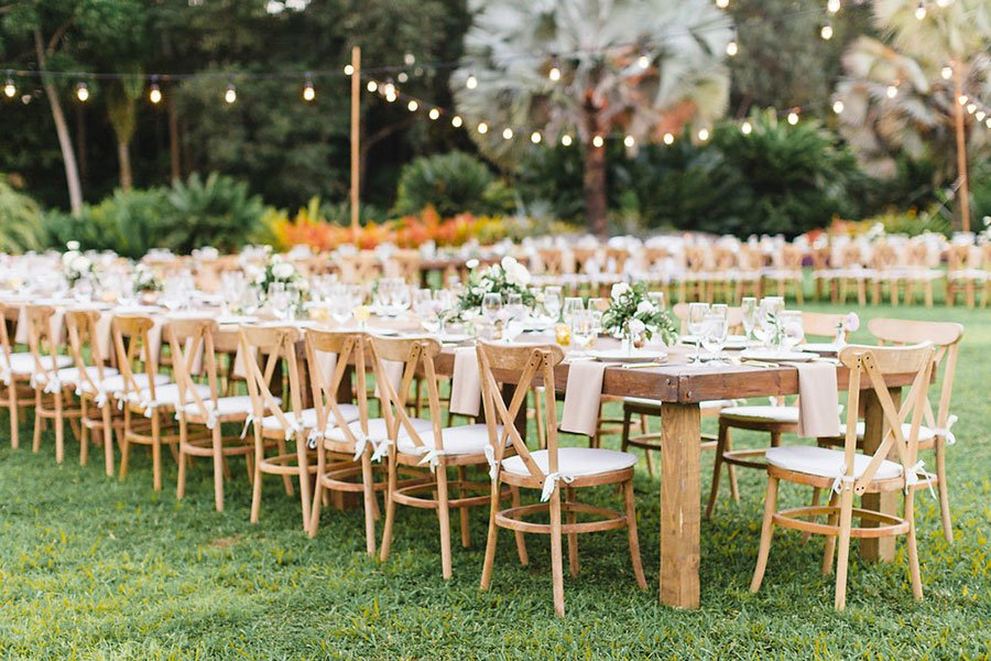garden wedding style | reception tables