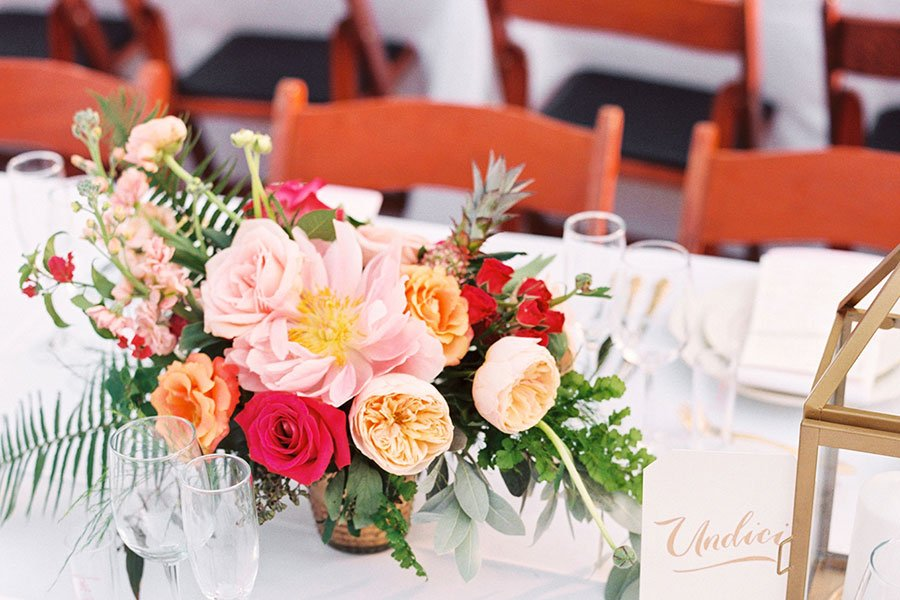 garden wedding style | centerpiece