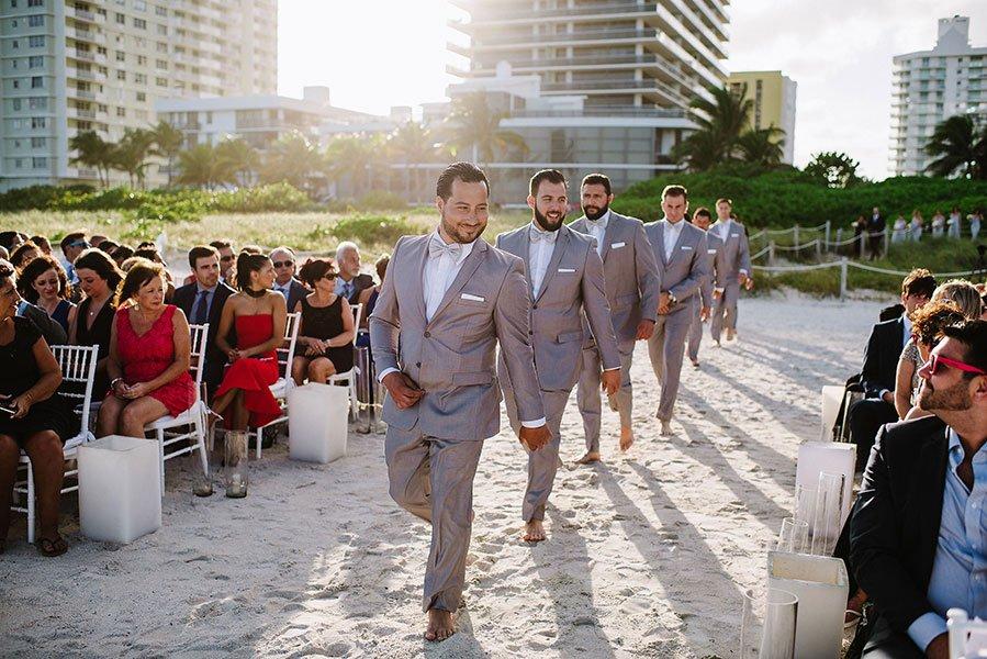 beach wedding style | barefoot groomsmen