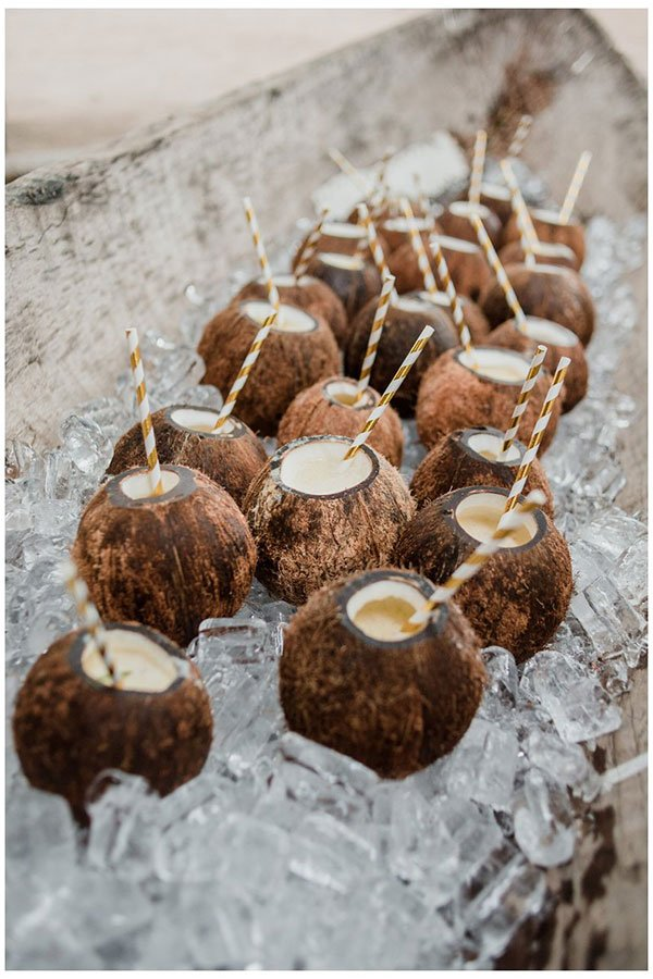 destination wedding trends | themed menu
