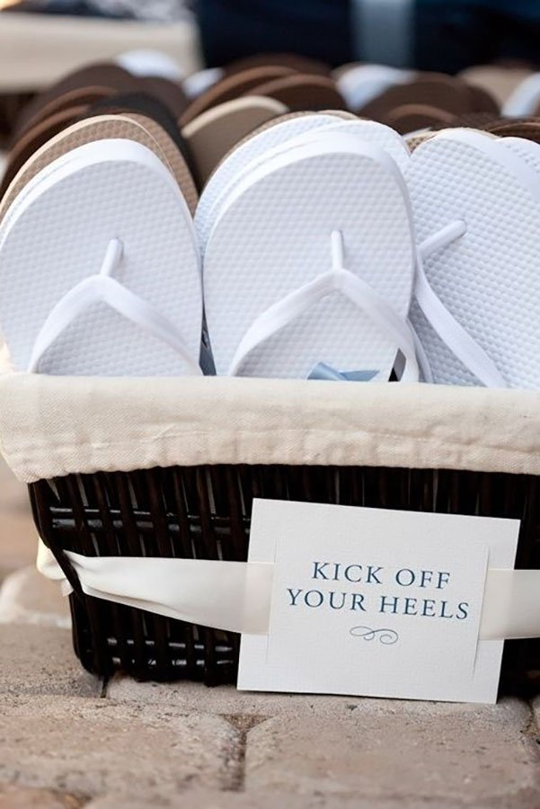 destination wedding favors | flip flops