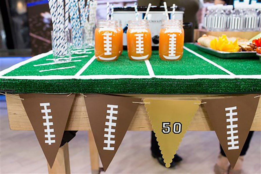 miami super bowl party catering | astroturf buffet decor