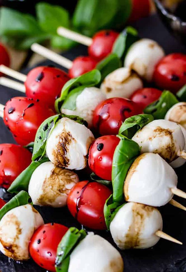 holiday menu ideas buffets | caprese skewers